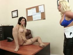 Spencer Scott is one mean boss that keeps harassing Vanessa Veracruz each day, making her bow over the desk so this babe could slap that moist gazoo and eat the babe out!